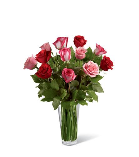 The FTD® True Romance™ Rose Bouquet B19-4387 Original